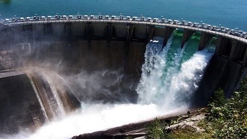dams are used to generate hydroelectric power