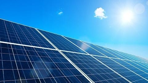 solar panels helps to capture solar energy
