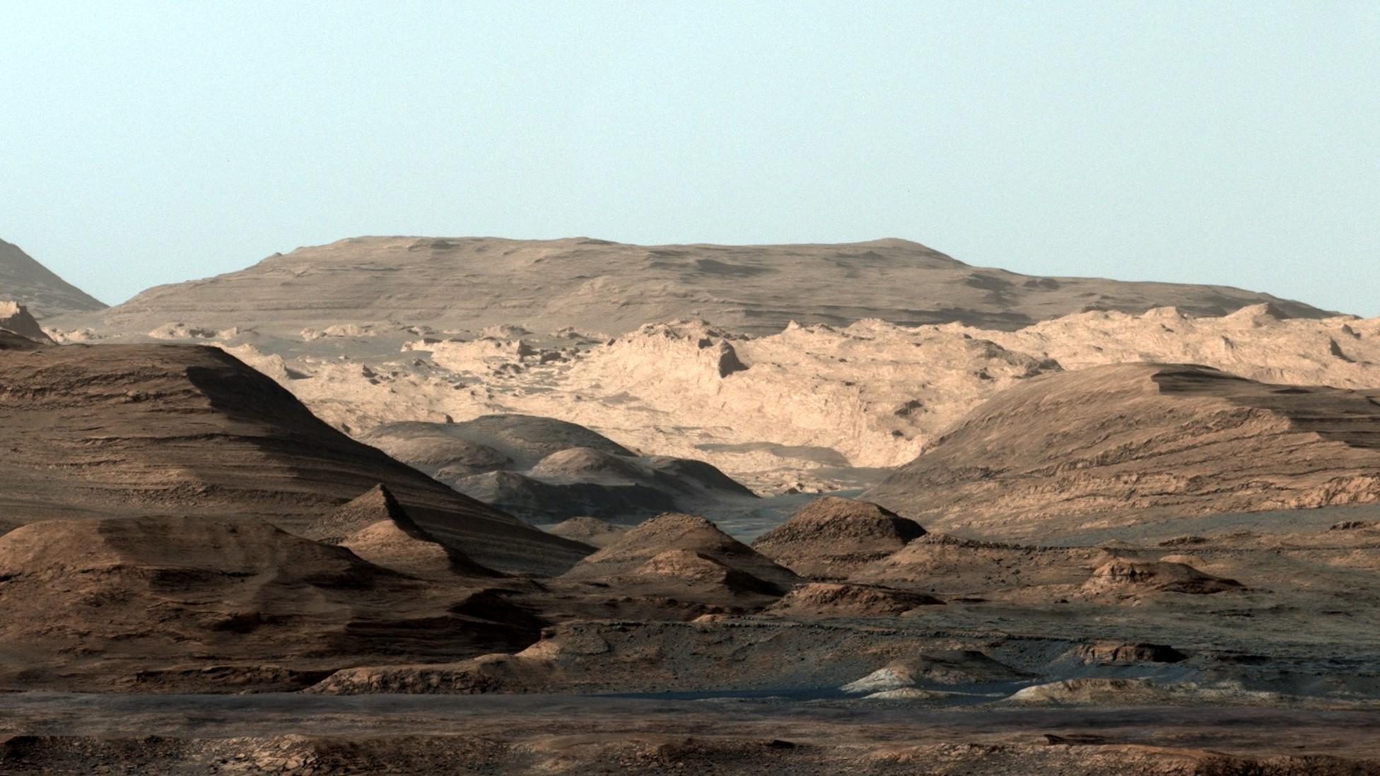 mountain ranges on mars